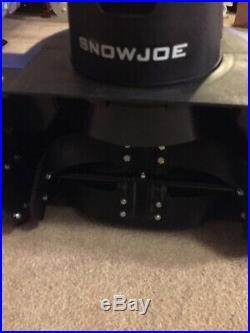 Snow Joe iON18SB-HYB 40V 4.0 Ah Hybrid Cordless/Electric Snow Blower, 18