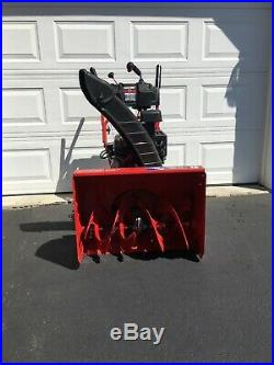 Troy-Bilt 26in. Storm Tracker 2690 XP 2-Stage Snow Blower Gas withelectric start